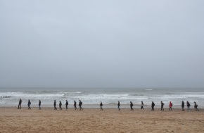 Between the Waves and Unquiet Mind: Slow Walking at the AberdeenBeach